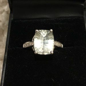 Jewelry - 14k wht gld w/ Lt Grn Qrtz w/Diamonds